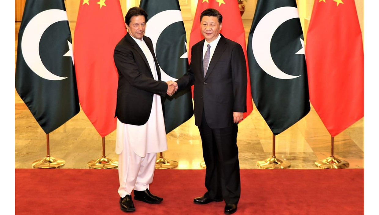 Prime Minister of Pakistan Imran Khan wearing ChaCha Noor Din Kaptaan Chappal during state visit of China and meetup with President of the People's Republic of China Mr. Xi Jinping.